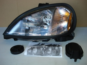 1996 - 2004 Freightliner:Columbia Headlight Assembly-Left